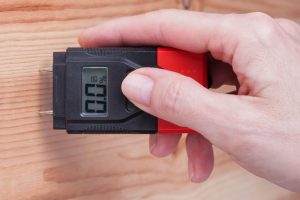 Moisture Meter Buying Guide for Woodworkers – Woodworking Basic Tools