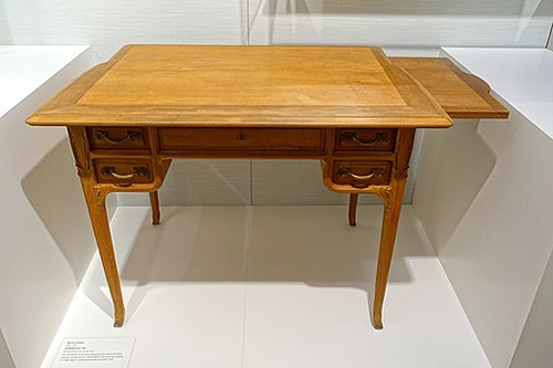 Pear Wood table