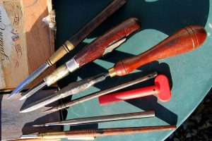 Types of Tools for Wood Engraving