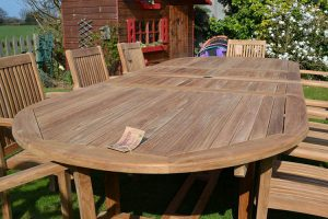 How to Care for Teak Furniture (Indoor & Outoor Wood Care Tips)