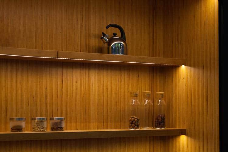 wall-nut-wood-kitchen-design