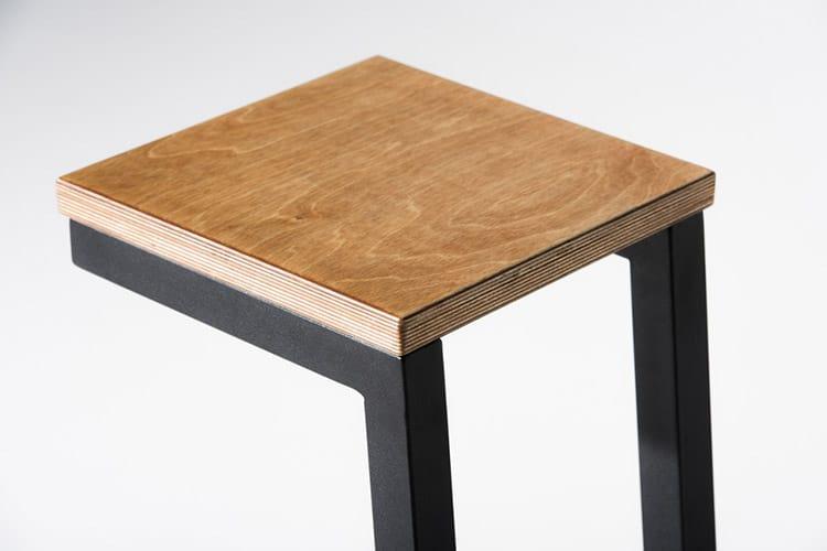 barstool-wooden-top