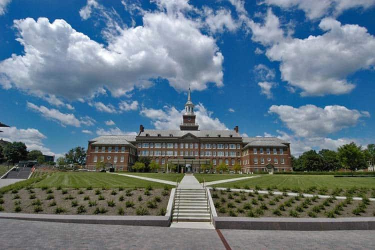 Mcmicken Hall and Mcmicken Commons, University of Cincinnati